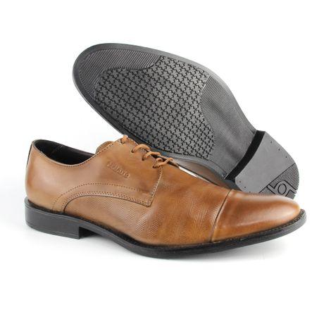 53296e683 Ampla linha de calçados masculinos em couro